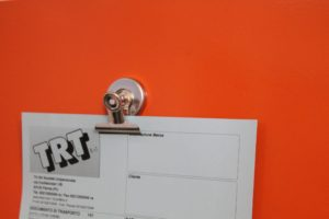 magnete con pinza portadocumenti